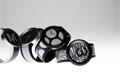 ひとつの時計でデザインを着せ替えられる<br />「FES Watch U」の正式販売を開始